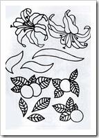 ваза с цветами и ваза для фруктов